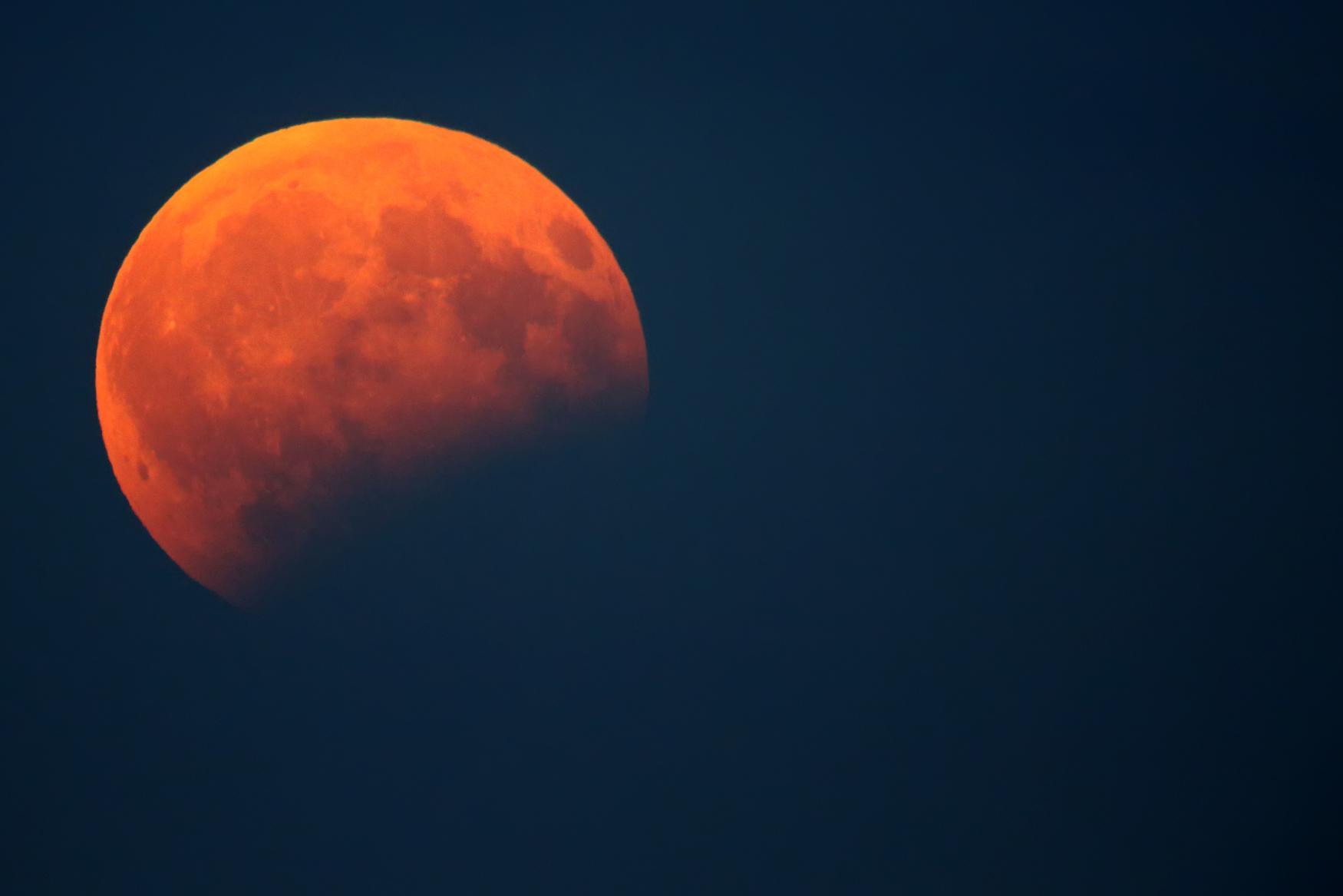 Video Dušan Majer o plánu návratu na Měsíc