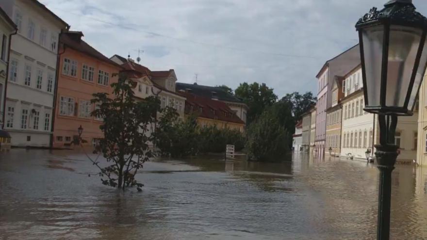 Video 500letá voda v Praze