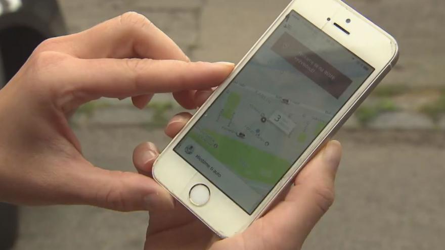 Video Vyhrocené vztahy mezi taxikáři a řidiči společností typu Uber