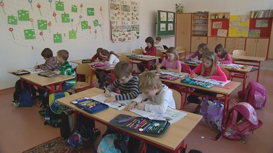 Video Dětský psycholog: Dítě potřebuje na začátku větší pomoc