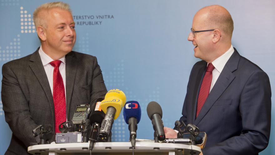 Video Brífink po bilanční schůzce premiéra s ministrem vnitra