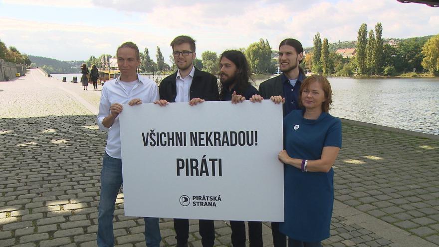 Video Piráti zahájili poslední část kampaně před volbami