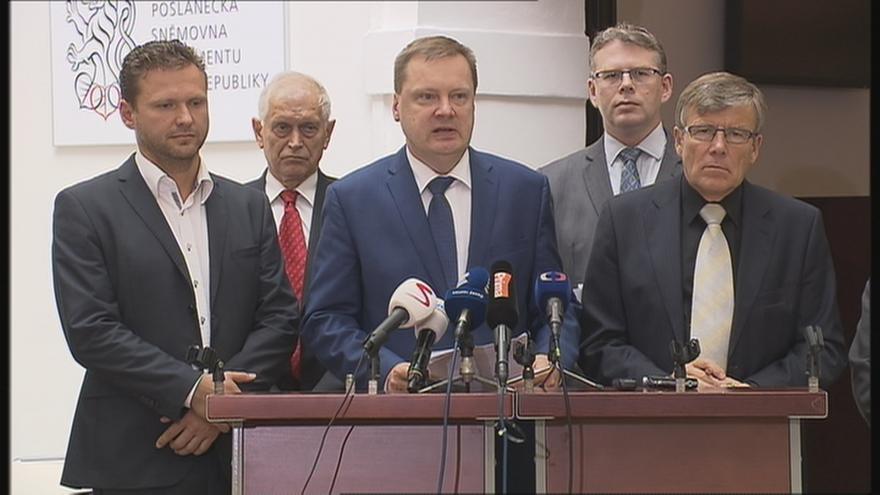 Video Konečná zpráva komise k únikům ze spisů