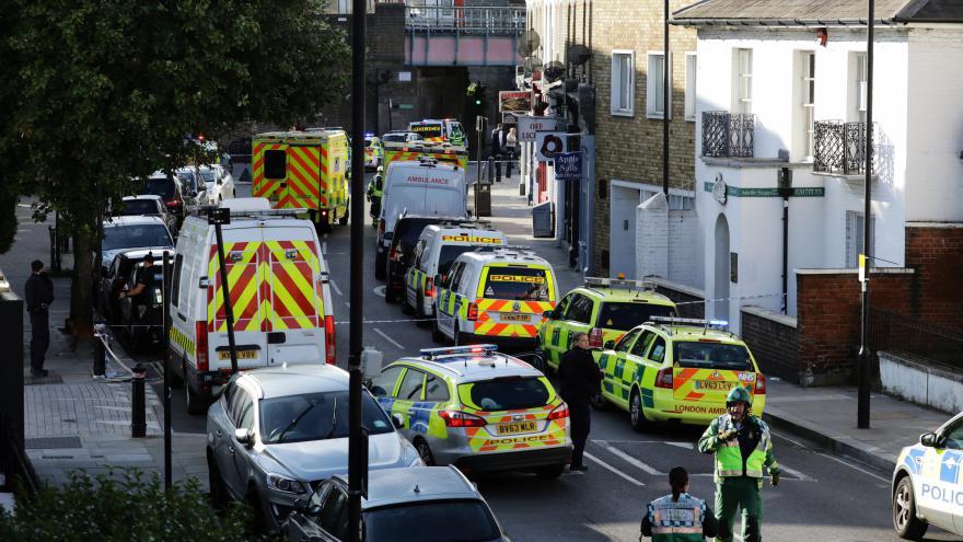 Video PŘÍMÝ PŘENOS z Londýna po výbuchu ve vagonu metra