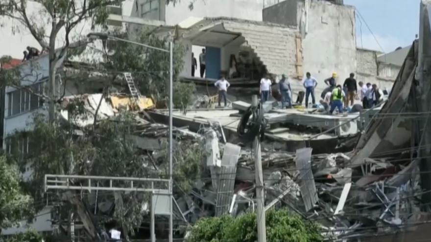 Video BEZ KOMENTÁŘE: Stovky mrtvých po silném zemětřesení v Mexiku