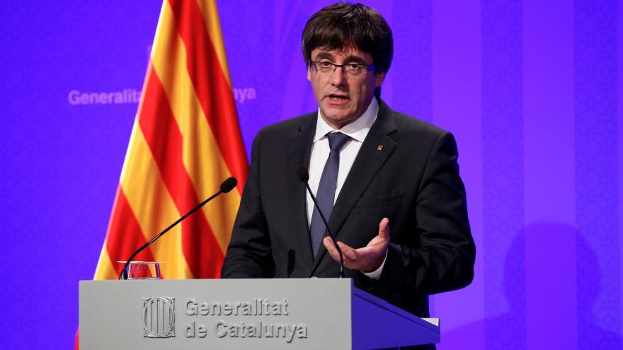 Video ŽIVĚ: Projev premiéra Puigdemonta (ve španělštině)