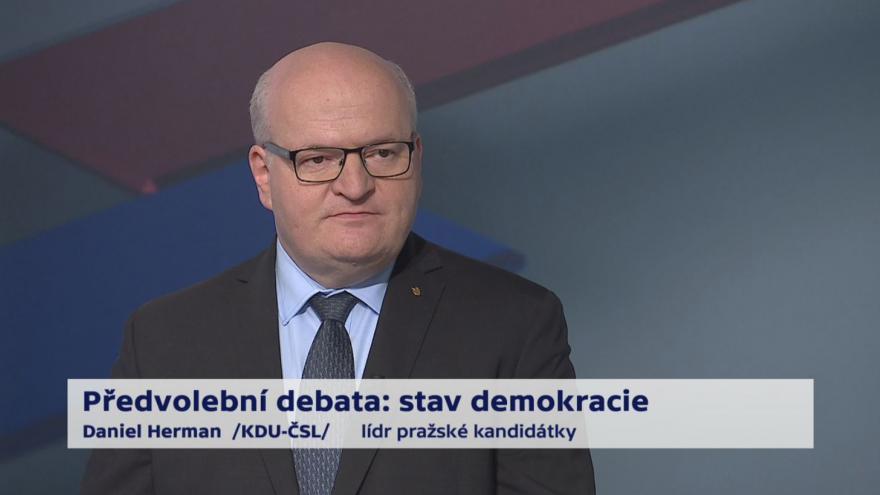 Video Herman, Ferjenčík, Fiala, Okamura, Chovanec a Kudrnáč o referendu