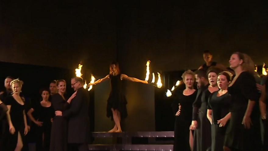 Video Divadlo Antonína Dvořáka má titulkovací přístroj