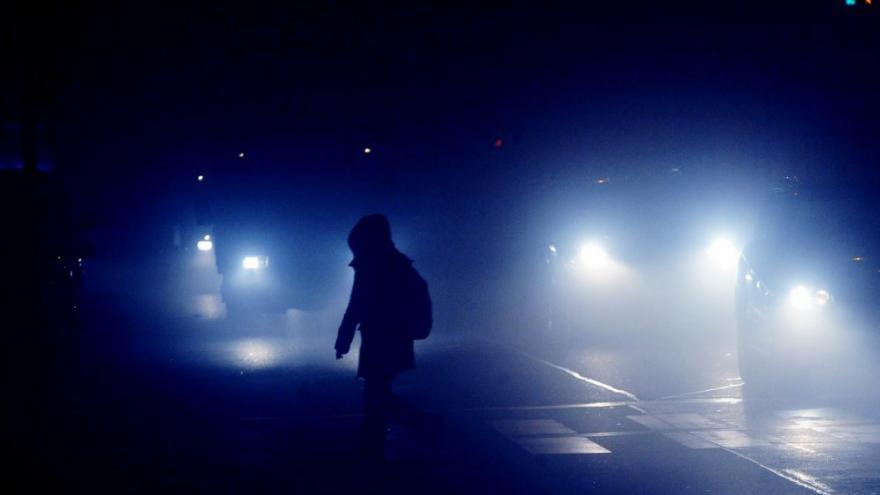 Video Lerch: Chodci podceňují špatnou viditelnost v obci i ve městě