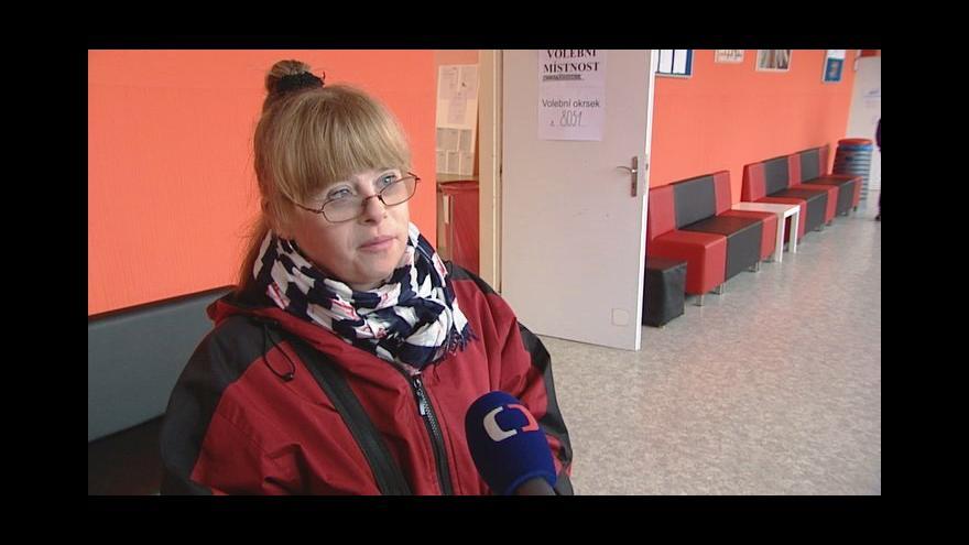 Video Volit přišla i dívka s Downovým syndromem. Chce, aby kamarádi mohli pracovat
