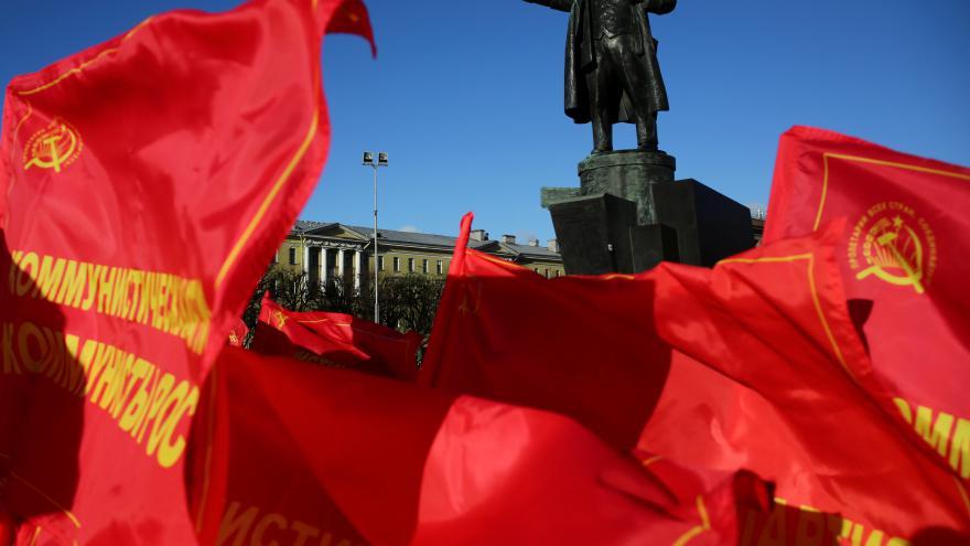 Video Sto let od Velké říjnové socialistické revoluce