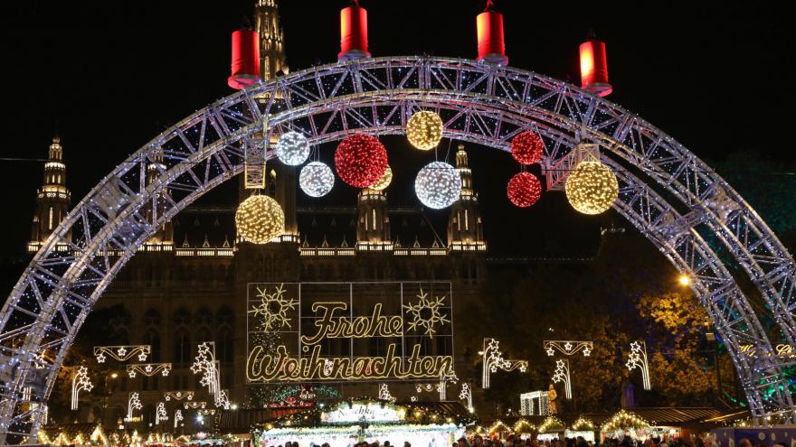 Video Události: vánoční trhy ve Vídni lákají hlavně atmosférou