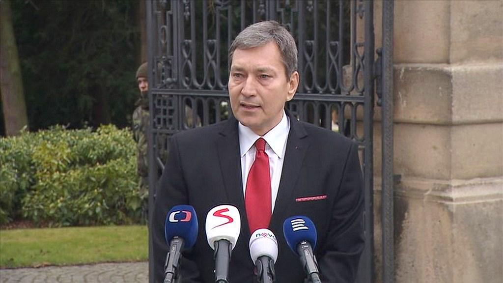 Video Brífink Tomáše Hünera po jednání v Lánech