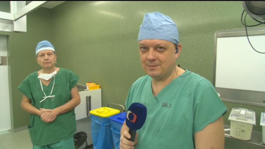 Video Operační stůl pro obézní pacienty