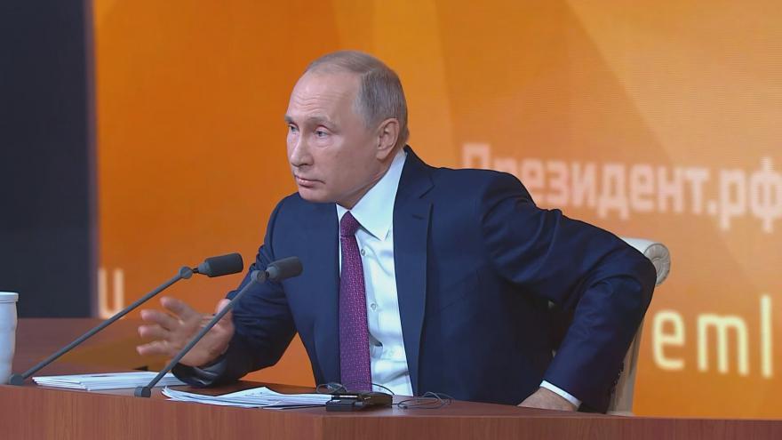 Video ŽIVĚ: Putinova bilanční tisková konference