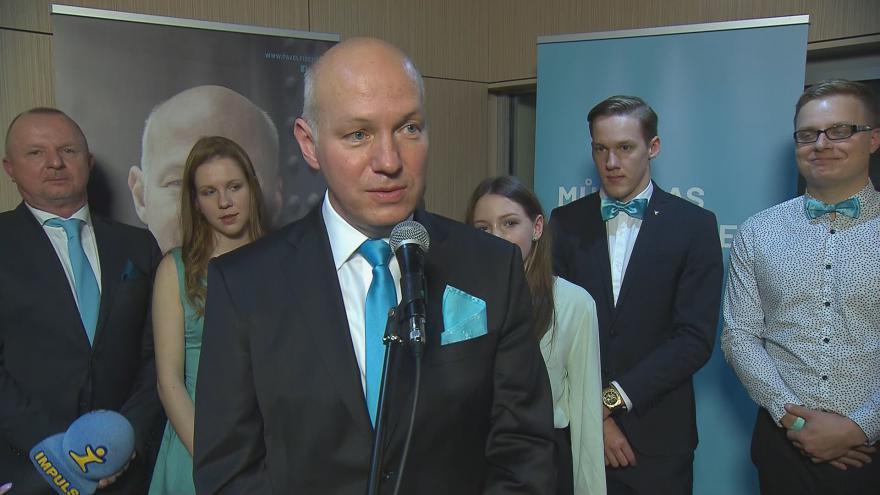Video Fischer je s výsledkem voleb spokojený. Podpořil Drahoše