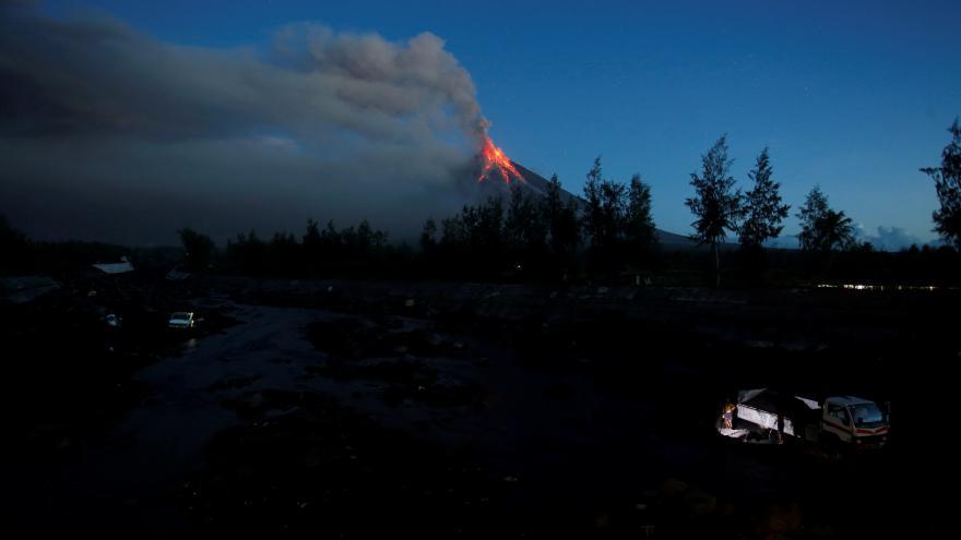 Video Geolog Závada: Úlomky se mohou dostat do vzdálenosti až deseti kilometrů