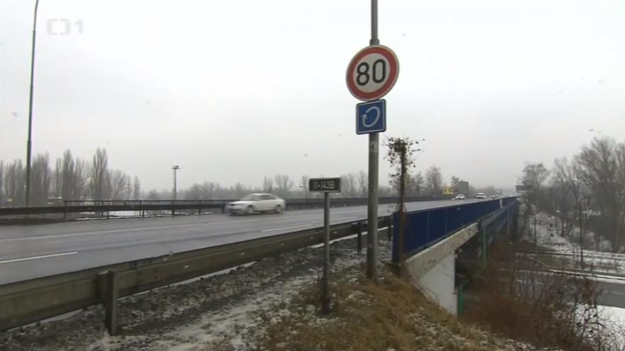 Video Dopravní omezení na Místecké a Rudné