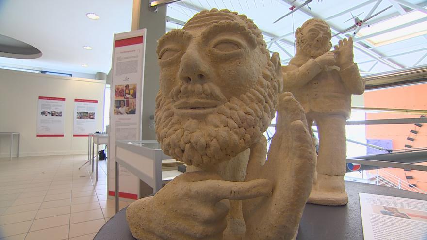 Video Výstava přibližuje svět hluchoslepých