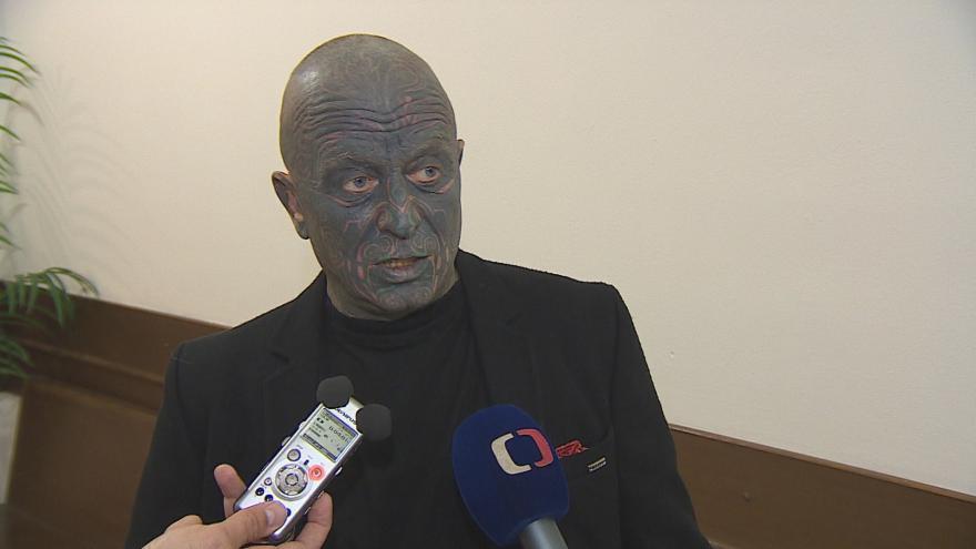 Video Vadimír Franz hovoří o zničení obrazů