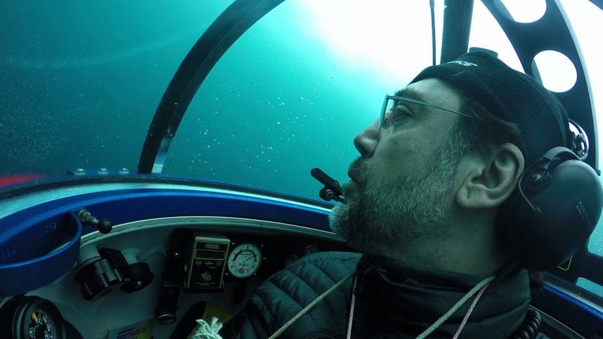 Video Součástí expedice je i herec Javier Bardem