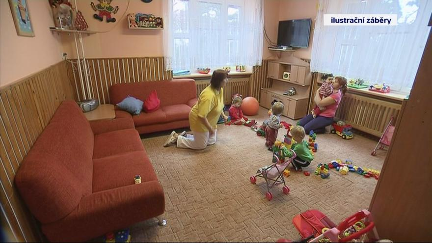 Video Události: děti v kojeneckých ústavech