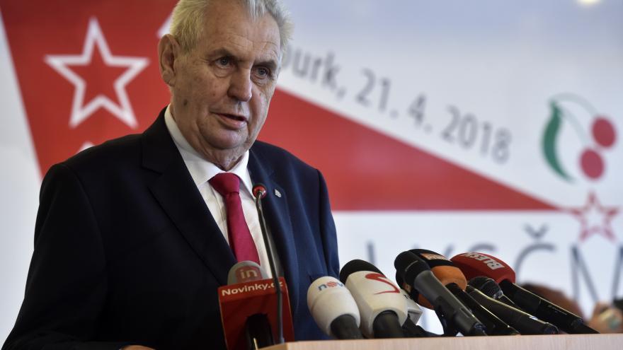 Video Miloš Zeman na sjezdu KSČM: Udělejte pokání