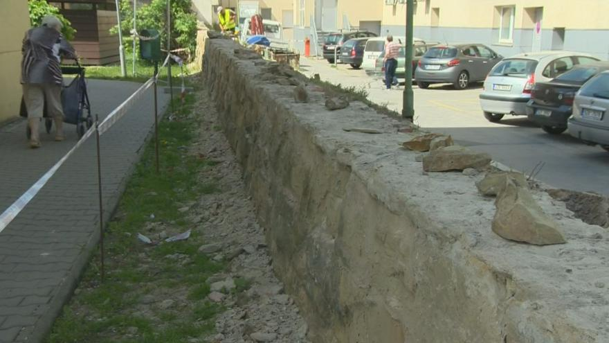 Video Začala rekonstrukce úseku městských hradeb