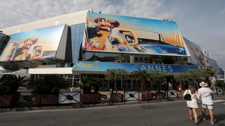 Video Zprávy v 16: Začíná prestižní filmový festival v Cannes