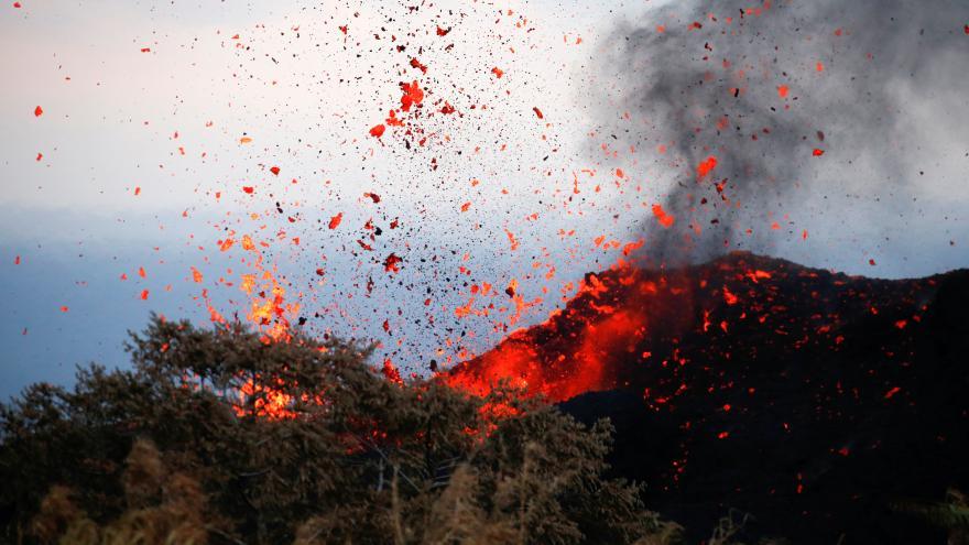 Video Bez komentáře: Havajská sopka už donutila k evakuaci tisíce lidí