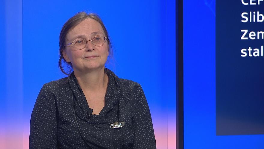 Video 90' ČT24 - Situace mezi CEFC a J&T