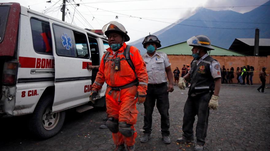 Video Masivní erupce sopky na Guatemale