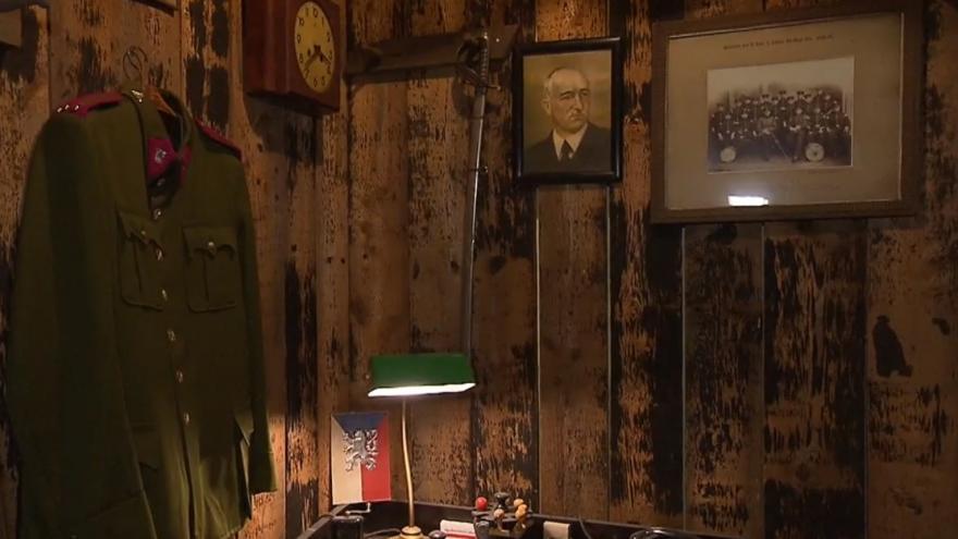 Video Nadšenci otevřeli vojenské muzeum. Lidé si mohou vlézt i do zákopu