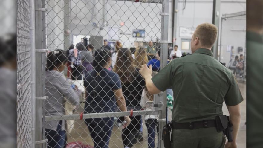 Video Události ČT: Děti migrantů může ubytovat armáda