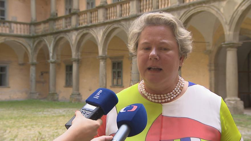Video Maria-Pia Kothbauer-Liechtenstein, princezna z Lichtenštejnska a velvyslankyně Lichtenštejnského knížectví v České republice