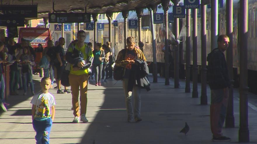 Video Oprava železničních mostů omezí provoz na hlavním nádraží