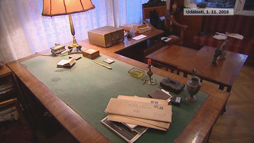 Video Čapkova vila před zahájením rekonstrukce