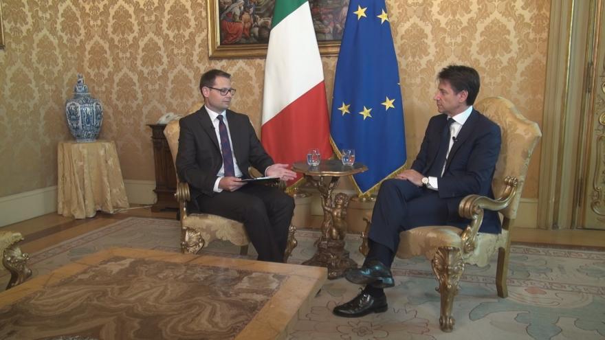 Video Rozhovor s italským premiérem Giuseppem Contem