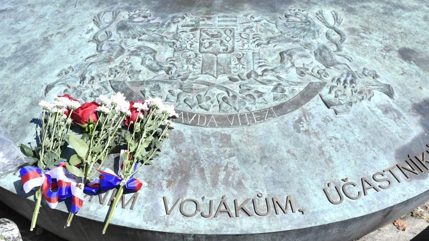 Video Události ČT: Padůí vojáci byli oceněni