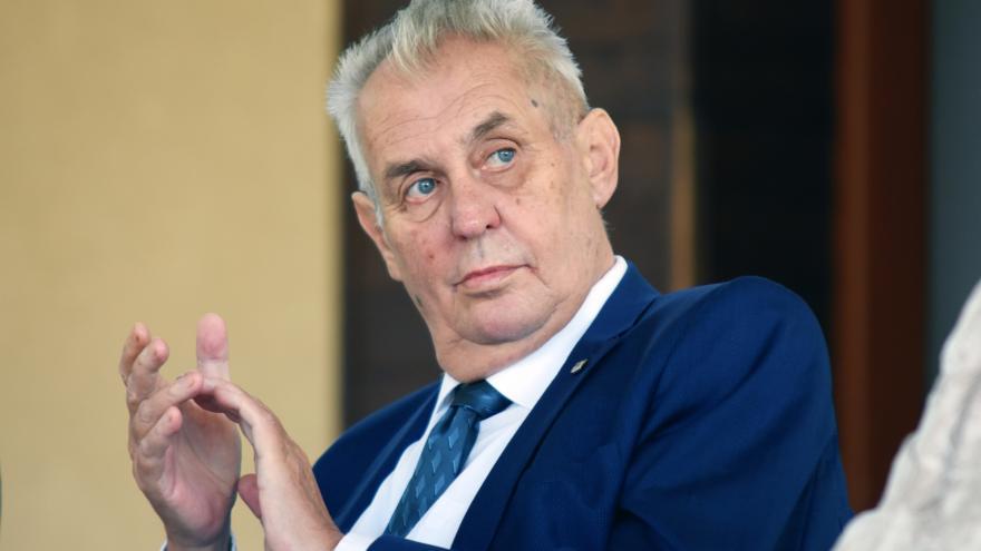 Video Události ČT: Zeman s ministrem Vojtěchem se shodli, že nedostatek sester je problém