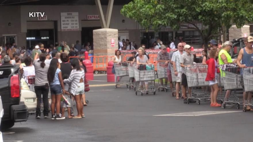 Video Havaj se připravuje na hurikán Lane