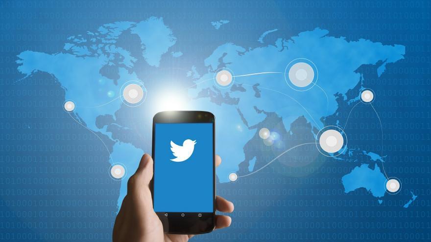 Video Newsroom ČT24: Blokování novinářů na Twitteru
