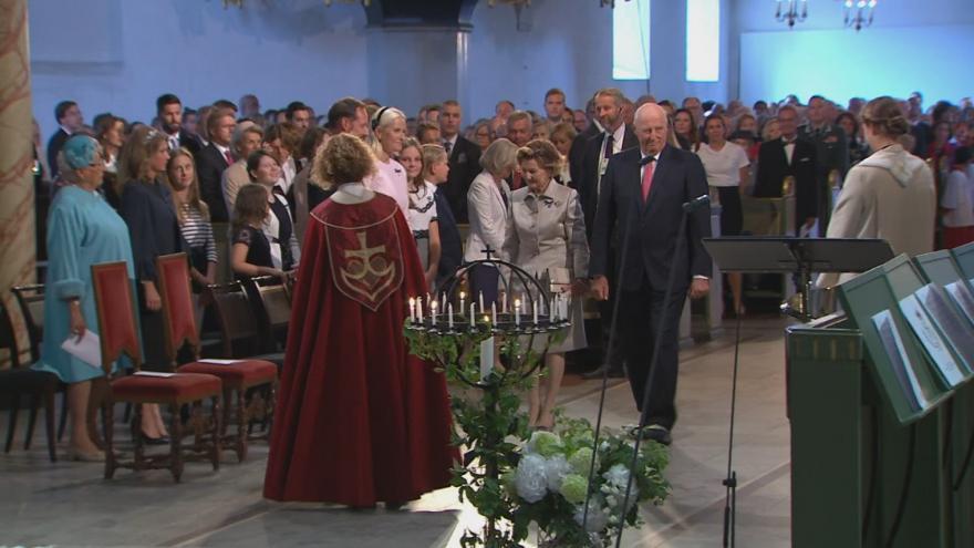 Video Norský královský pár Harald V. a Sonja slaví zlatou svatbu
