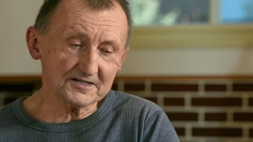 Video František Jaroš vzpomíná, jak držel na protest proti invazi hladovku na nejvyšším vrcholu Adršpachu