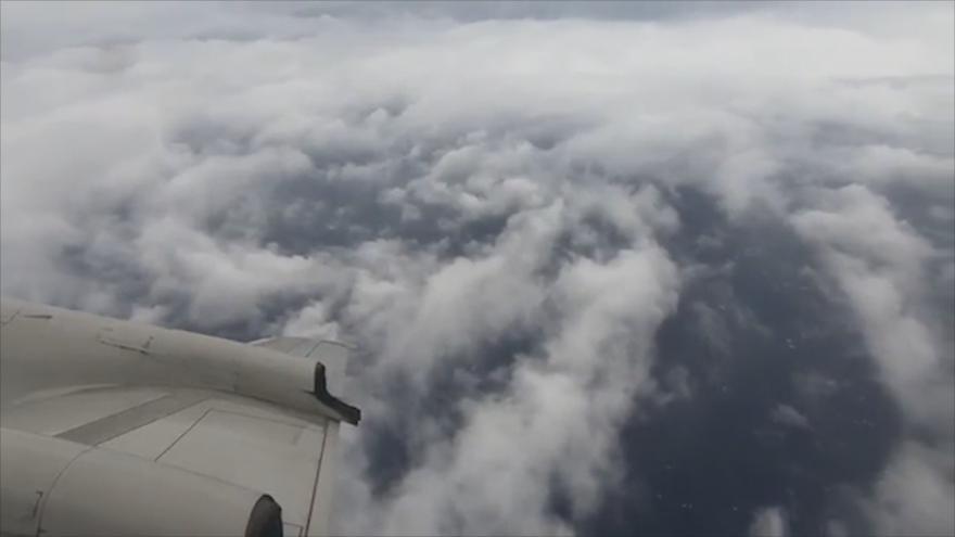 Video Unikátní záběry: průlet letadlem nad hurikánem Florence a pohled z družice