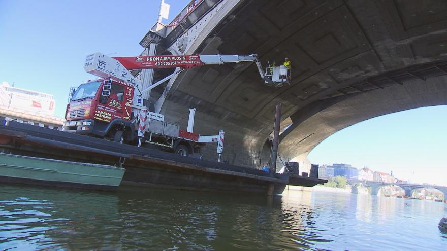 Video Jak moc bude potřeba zrekonstruovat Hlávkův most?