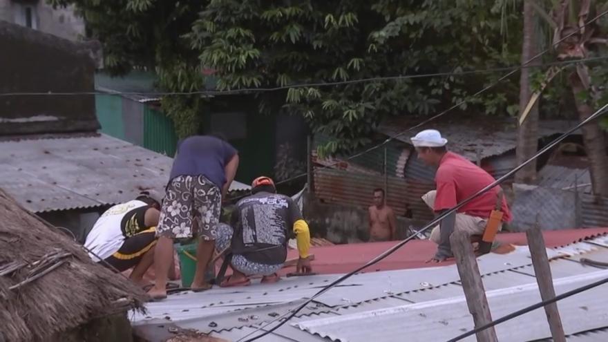 Video Filipíny se připravují na příchod tajfunu Mangkhut, silné deště už dorazily