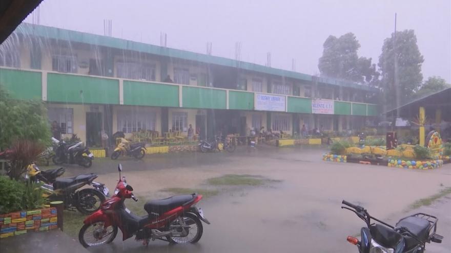 Video Masivní lijáky: Filipíny před příchodem tajfunu Mangkhut