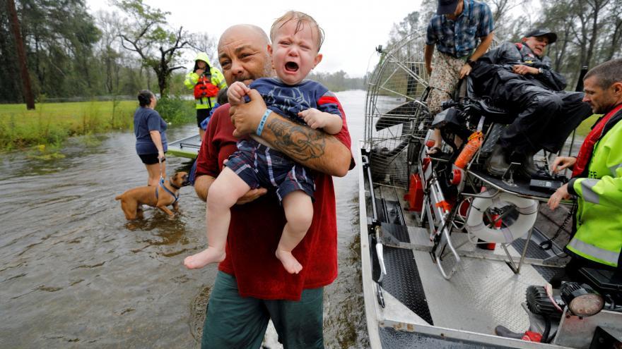 Video Zpravodaj ČT Miřejovský: Severní a Jižní Karolína zřejmě zažívají nejhorší záplavy ve svých dějinách