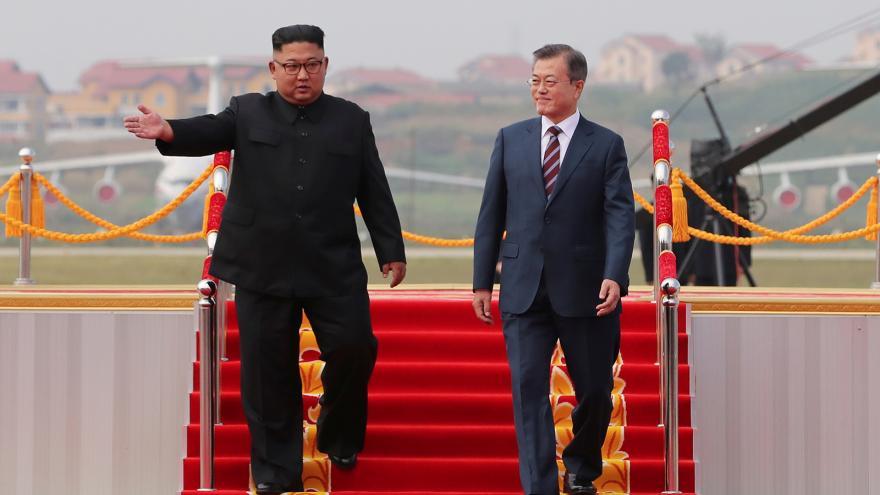 Video Události ČT: Jásání přivítalo jihokorejského prezidenta na summitu v KLDR